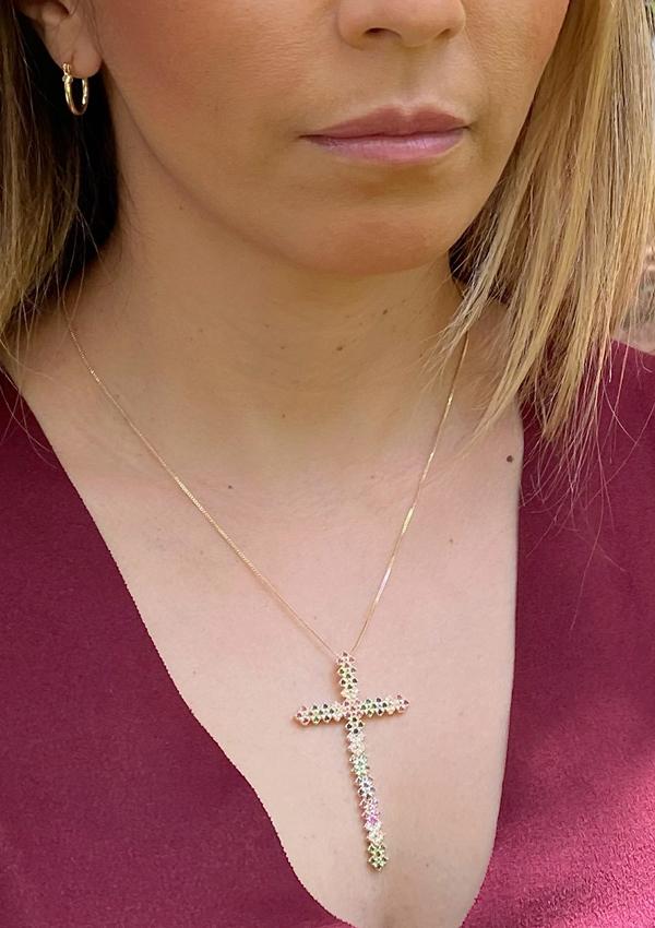Colar Crucifixo Maleável Colors banhado em Ouro 18K