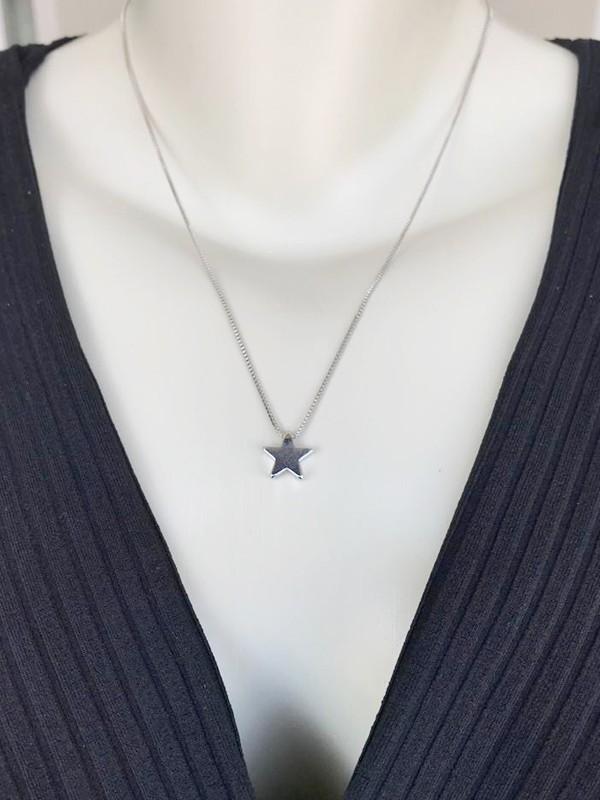 Colar Estrela banhado em Ródio Branco