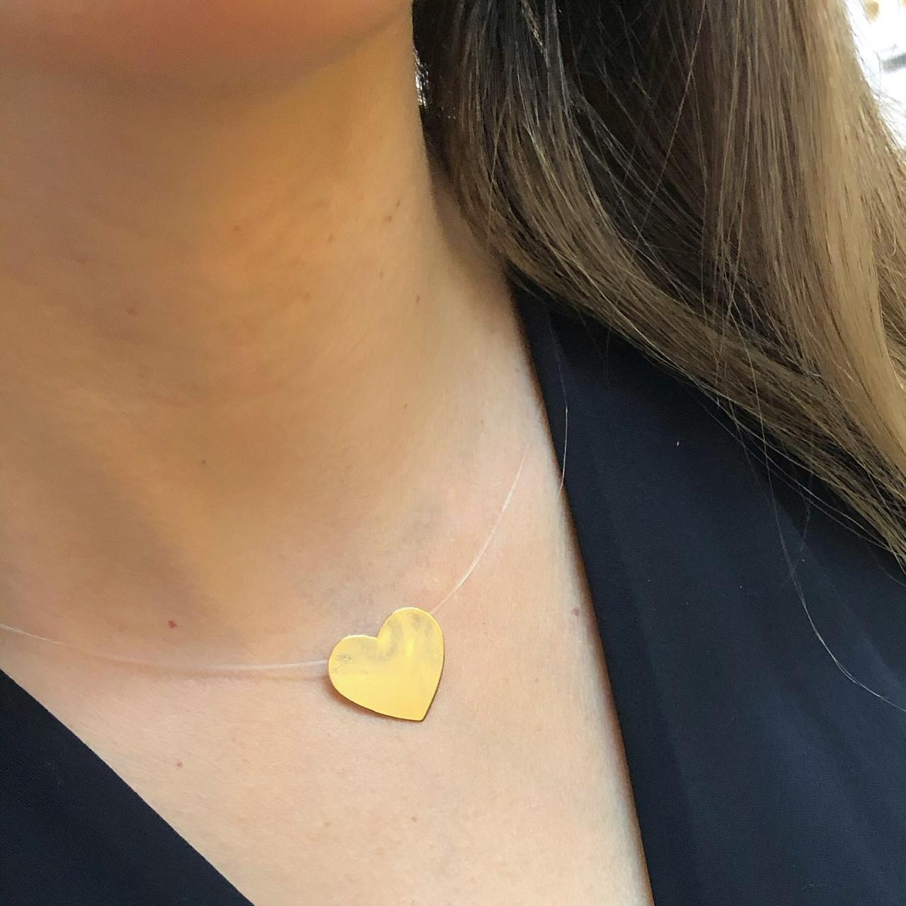 Colar Fio de Nylon Coração banhado em Ouro 18K