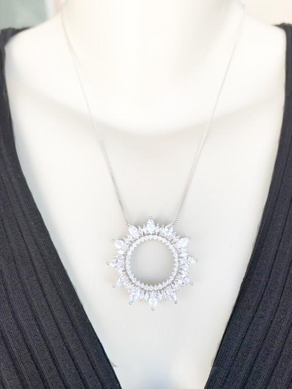 Colar Mandala Com Zircônias Cristal banhado em Ródio Branco