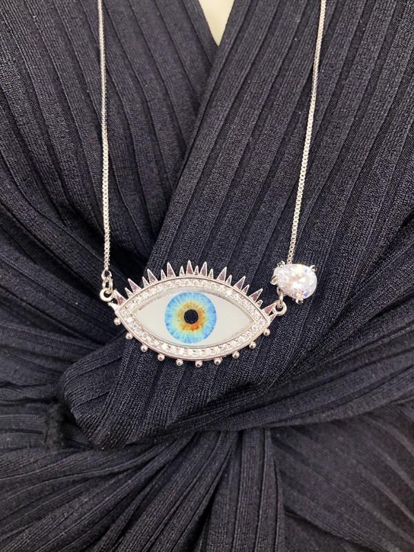 Escapulario Olho Grego com Gotinha Cristal banhado em Ródio Branco