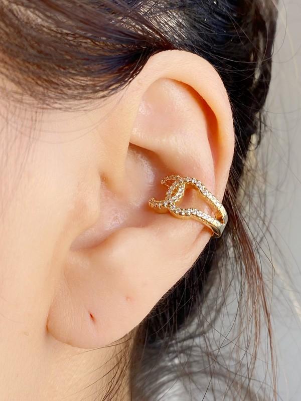 Piercing Chanel banhado em Ouro 18K