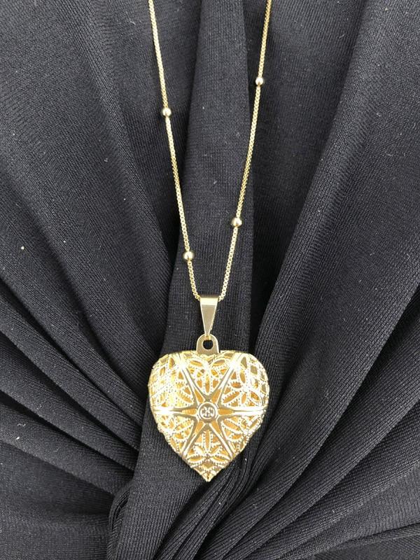 Pingente Relicário Coração banhado em Ouro 18K