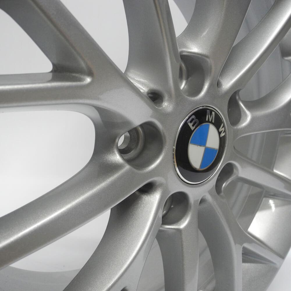 JOGO DE RODAS ORIGINAIS BMW 120I 2016 ARO 17X7,5 PRATA 5X120 ET 40 USADAS