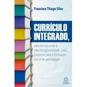 Currículo integrado, eixo estruturante e interdisciplinaridade: uma proposta para a formação inicial de pedagogos