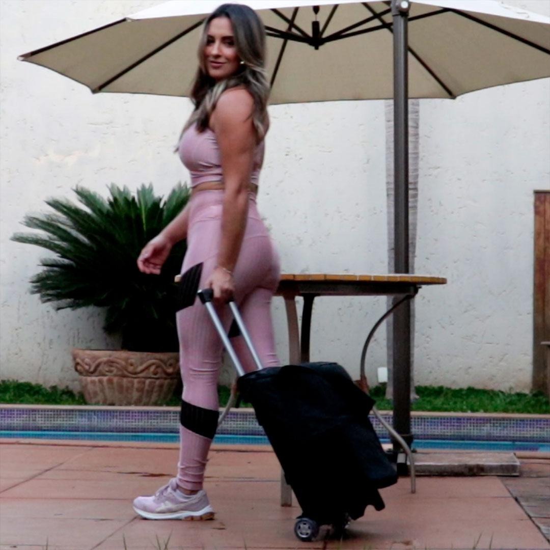 Cooler Térmico FitSanté WHELL Bag Essencial Dark com rodinhas