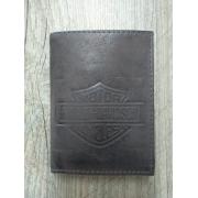 Carteira Em Couro com Visor - Modelo Bar & Shield - Bifold - Marrom - 022/58408