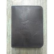 Carteira Em Couro sem Visor - Modelo Bar & Shield - Bifold - Marrom - 022/82900
