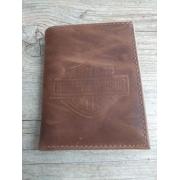 Carteira Em Couro com Visor - Modelo Bar & Shield - Trifold - Marrom Mescla - 022/94602