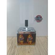 Cinzeiro Porta Bituca em Metal Motivo Caveiras - Modelo Quadrado - 022/21804