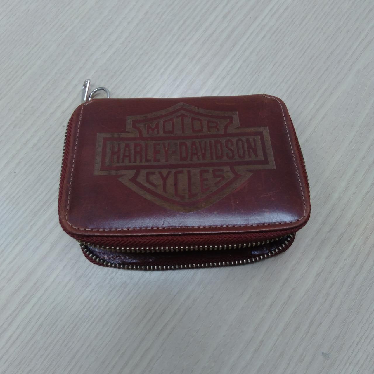 Carteira Em Couro Com Zíper - Logo Harley-Davidson - Pinhão - 022/73204