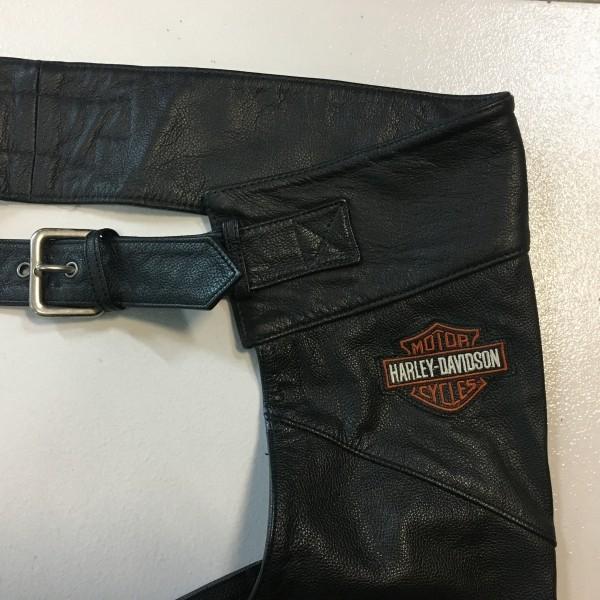 Chaparreira Couro - Original Harley-Davidson - Tam 3XL - Preta - 025/37071