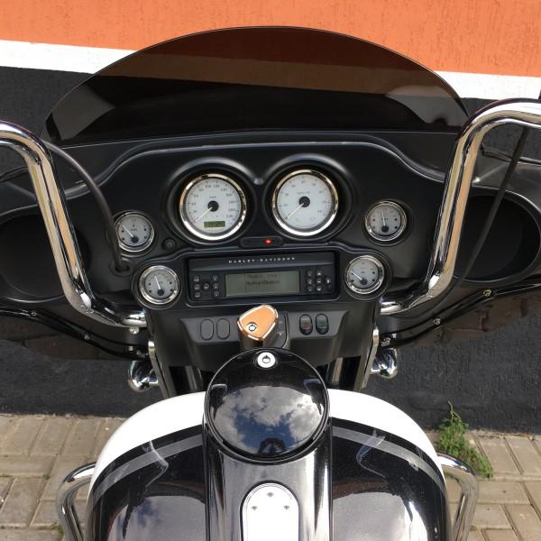 Harley-Davidson Street Glide Solar Eclipse - 2013/2013 - Branca e Preta 036/75842