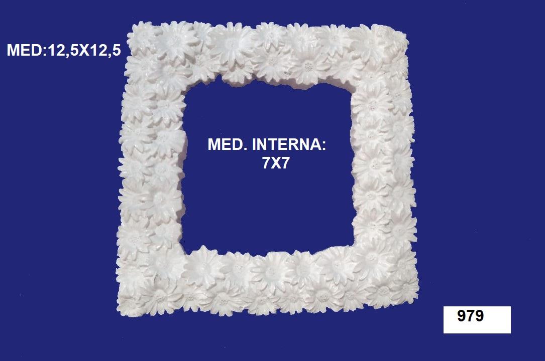 979 MOLDURA DE MARGARIDA 13X13CM