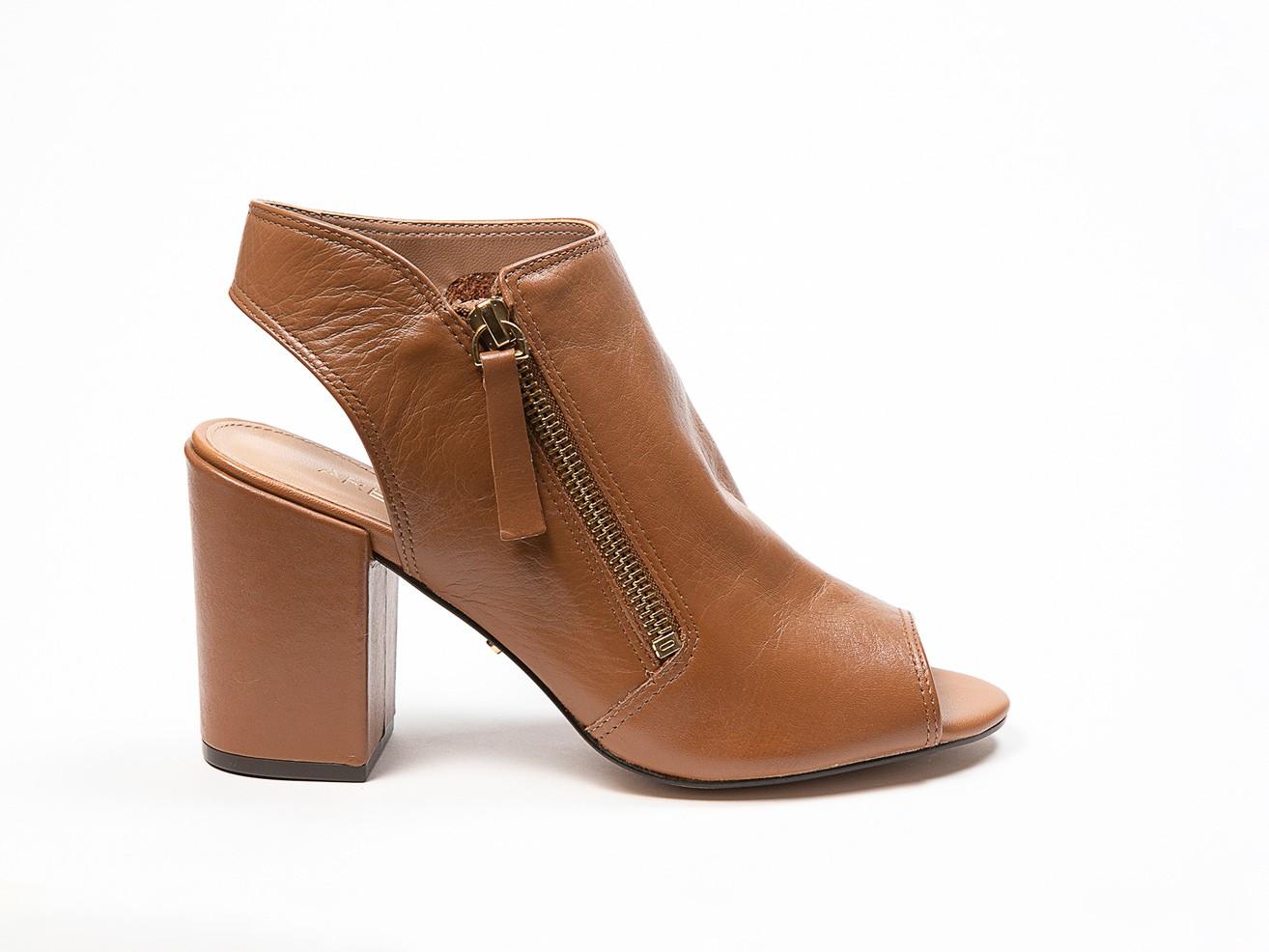 Sandália Boot Couro