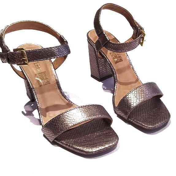 Sandália Prata Metalizada