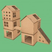 Complexo com ponte e arranhador de papelão para gatos