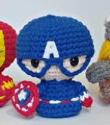 """Amigurumi """"CAPITÃO AMÉRICA"""" Marvel"""