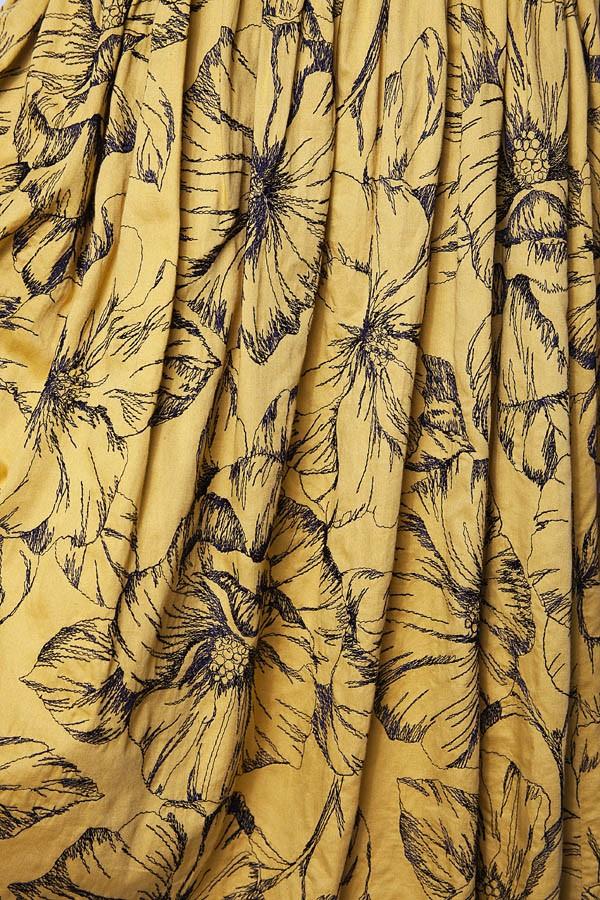 Vestido Moschino bordado