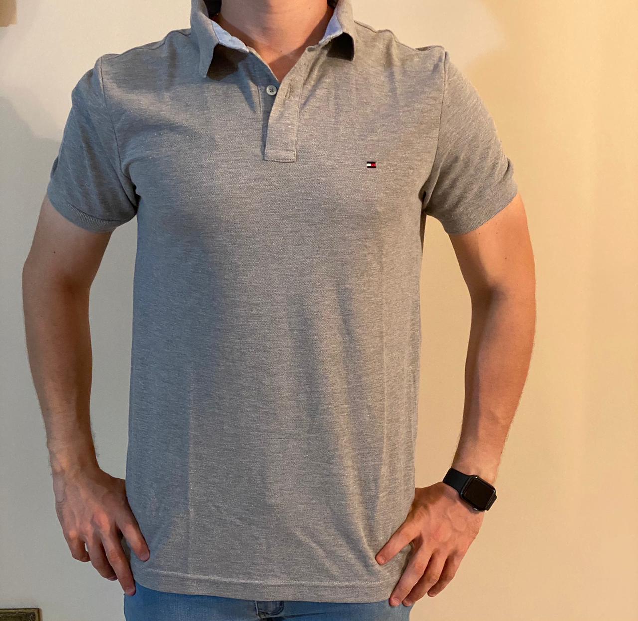 Camiseta Masculina Tommy Hilfiger Gola Polo Algodão Lisa - Cinza