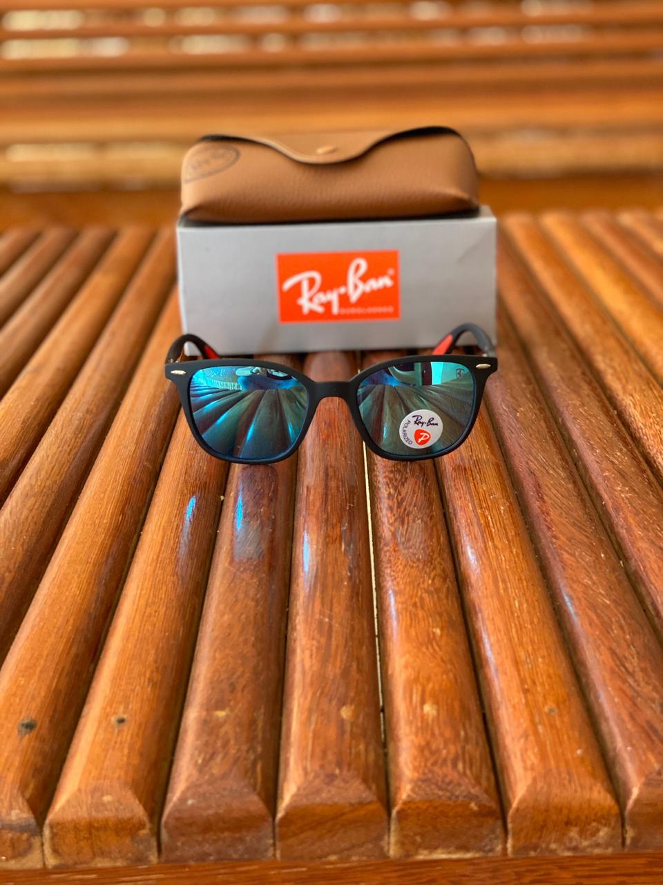Óculos de Sol Masculino Ray Ban RB7 Termoplástico Liso - Preto
