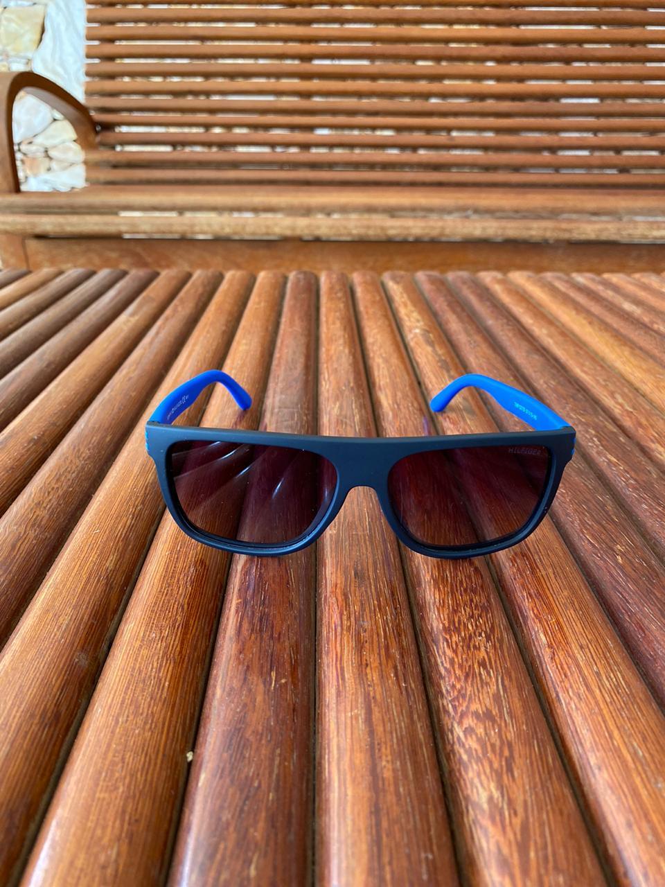 Oculos de sol Tommy Hilfiger TH2