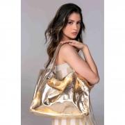 Bolsa sacola couro metalizado ouro.