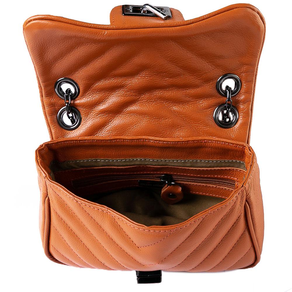 Mini bolsa matelasse chevron couro orange.  - Cellso Afonso