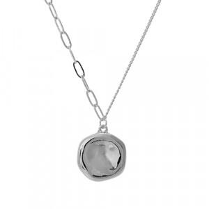 Colar Medalha Martelada com Correntes  e de Elos. 55cm + 5cm de Extensor.