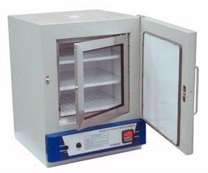 Estufa de Cultura Bacteriológica com Circulação de Ar Forçada 150 litros. Nt