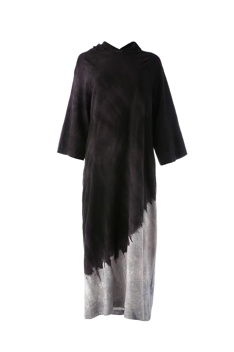Vestido Capuz Rejila