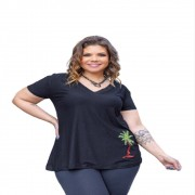 Blusa Feminina Gola V Com Bordado Coqueiro Plus Size Mazal