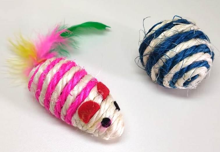 Brinquedo - Kit Bola e rato de Sizal com Catnip