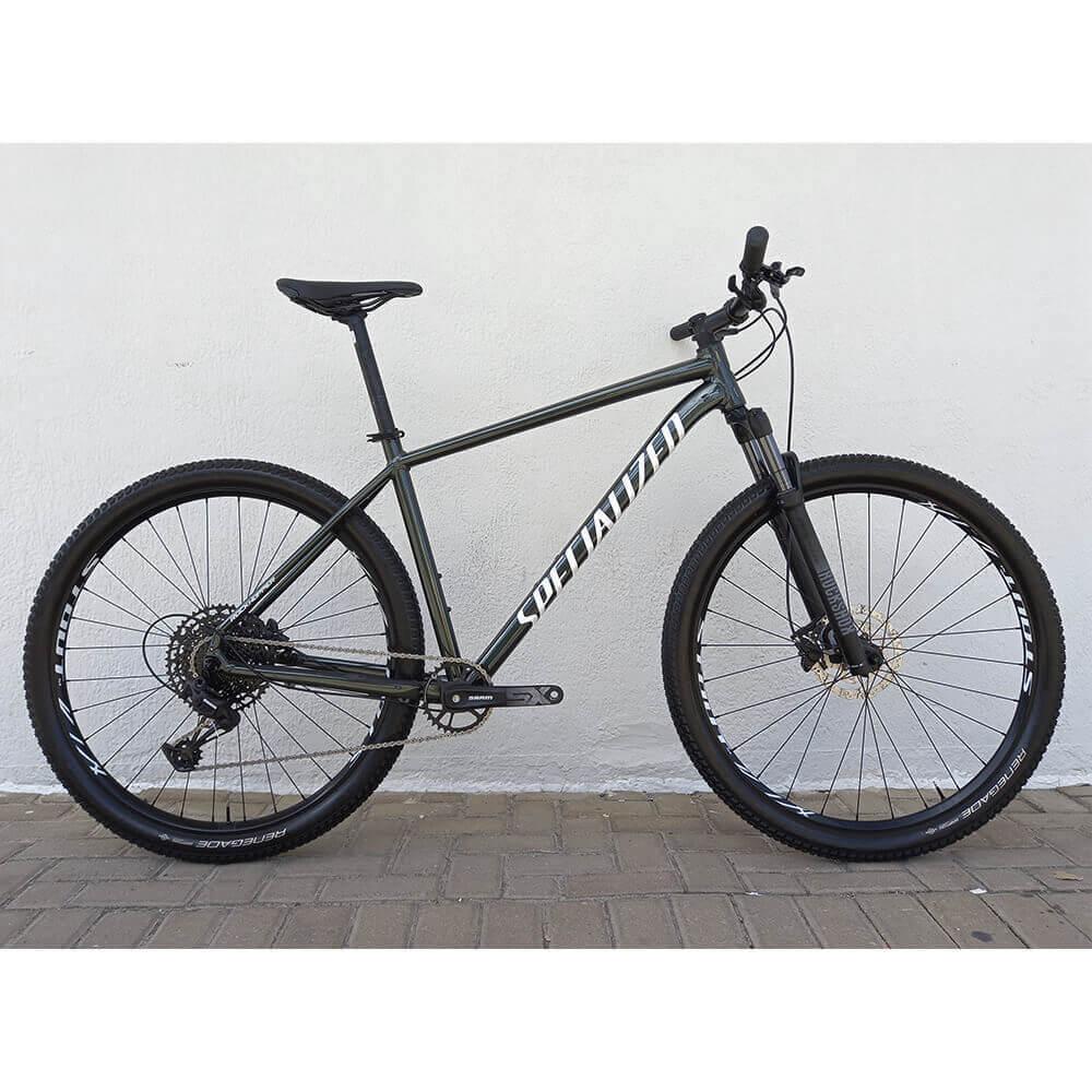 Bicicleta semi Nova Rockhopper Expert 12v Aro 29