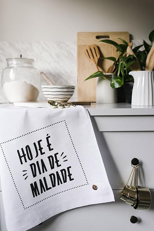 "Pano de Prato  ""MALDADE""  - Pano Urbano"