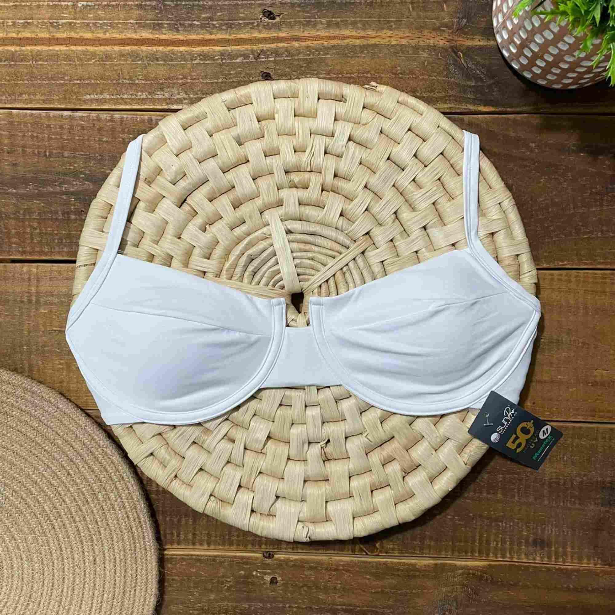 Biquíni Meia Taça Retrô com Hot Pants Branco