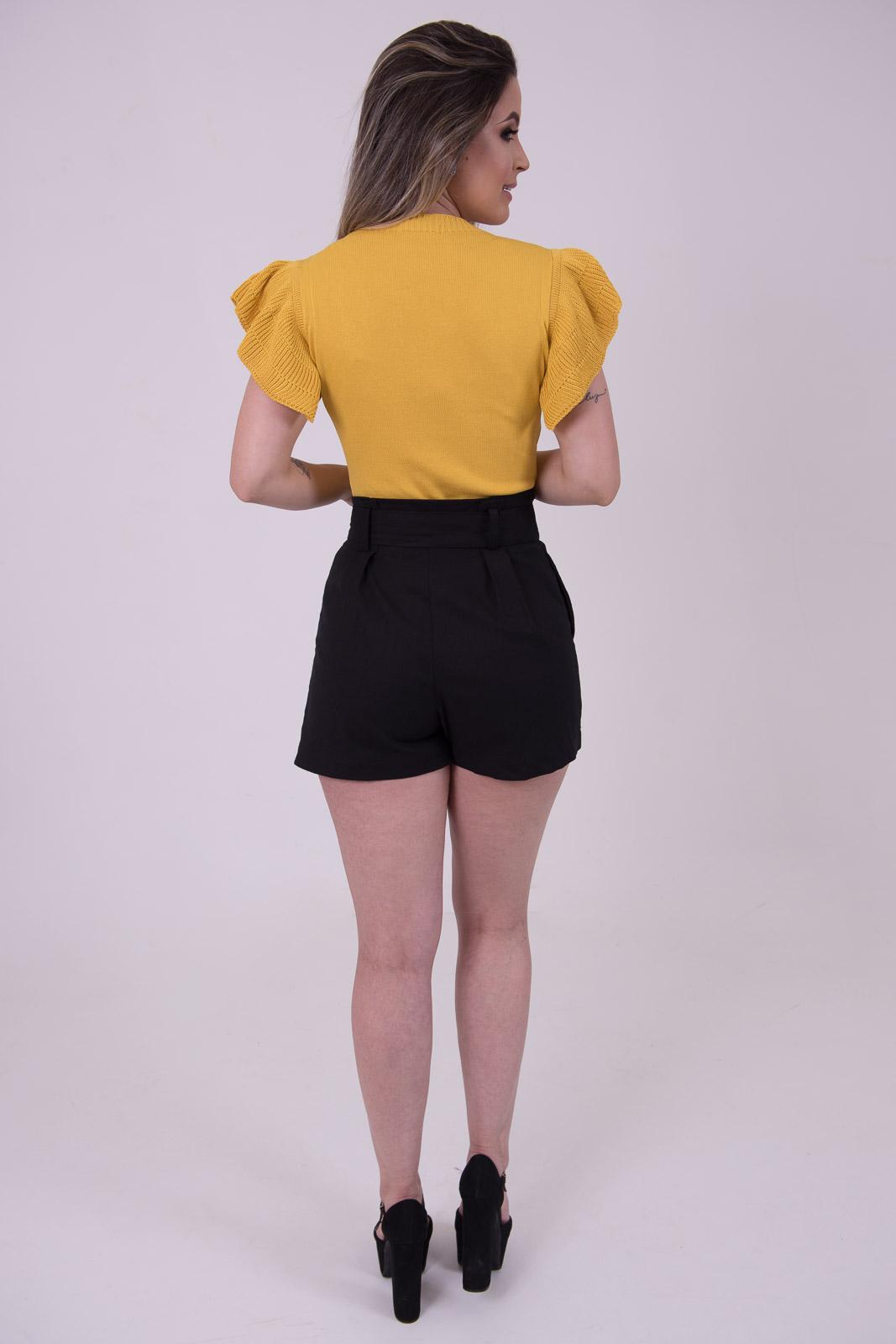 Shorts de Linho com Cinto de Amarrar
