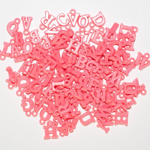 Aplique Scrapbook de Plástico Pingente Letrinhas Pink - Scrap Lovely