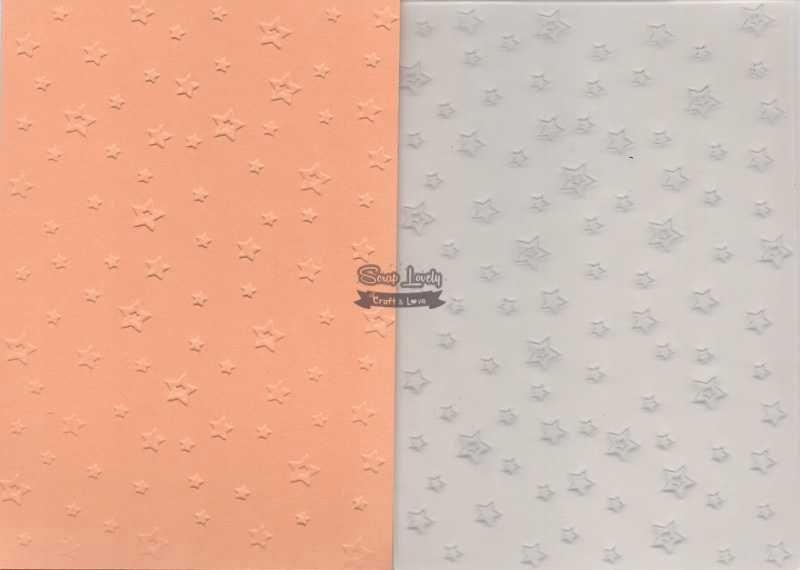 Placa de Emboss Estrelinhas 10,6cm x 15cm (A6) PE001-4 - Art e Montagem