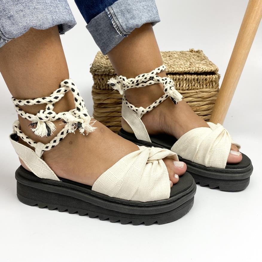 Sandália Flatform C/Plataforma e Amarração Branca