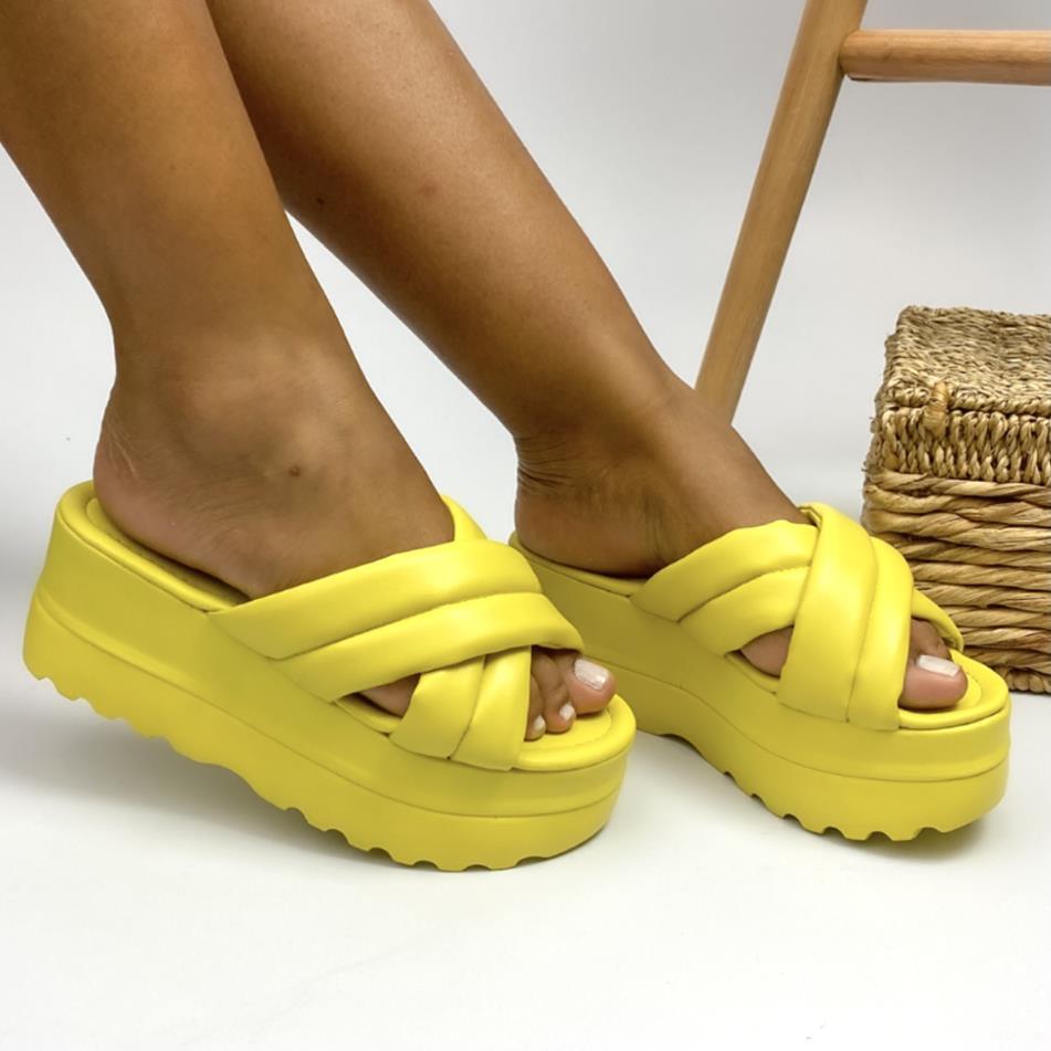Tamanco Flatform Tratorado Amarelo