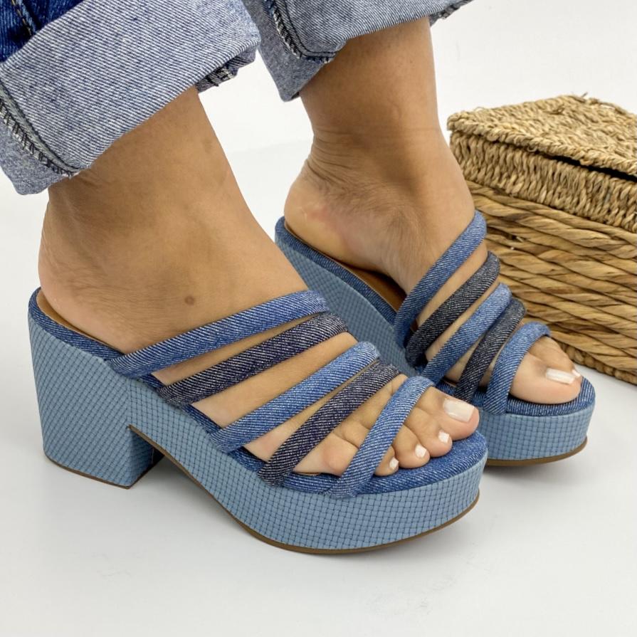 Tamanco Feminino Salto Bloco Com Tiras Azul