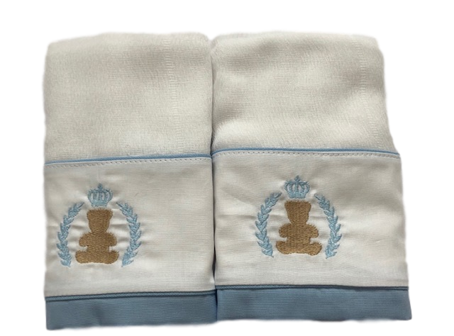 Fralda De Ombro Ursinho Com Coroa Azul Claro Bilú Tetéia