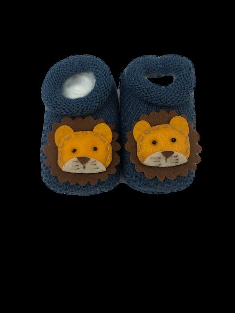 Sapatinho Crochê Especial- Leão Azul Petróleo Bilu Teteia