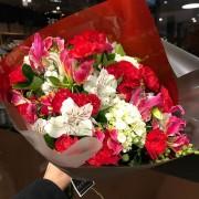 Bouquet misto vermelho e branco