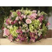 Bouquet Hortensia Verde e Flores Rosa