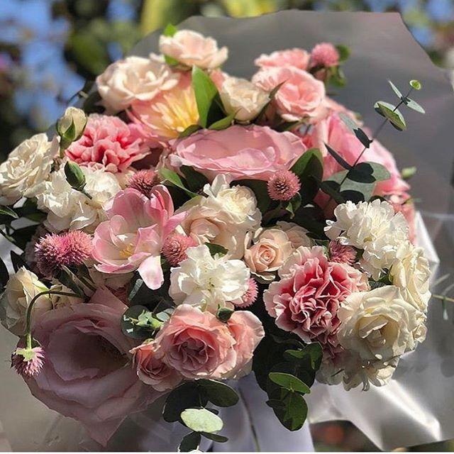 Bouquet MIX Rosas, Cravinias e Lisiantus