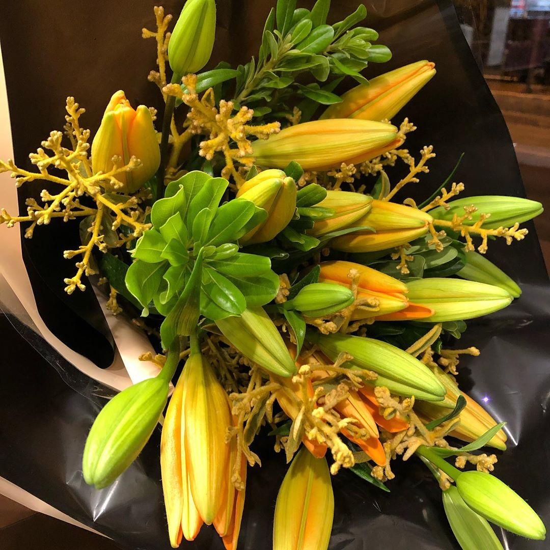 Bouquet Lirio Amarelo Grande