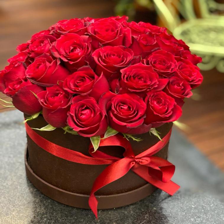Caixa com Rosas Vermelhas GRANDES
