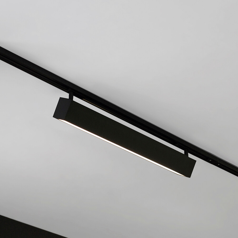 Luminária de Sobrepor Retangular C120cm P/ Trilho C/ Plug Preto LED 30W 4000K Bivolt 461APLED4 Newline